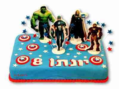 עוגה עם דמויות